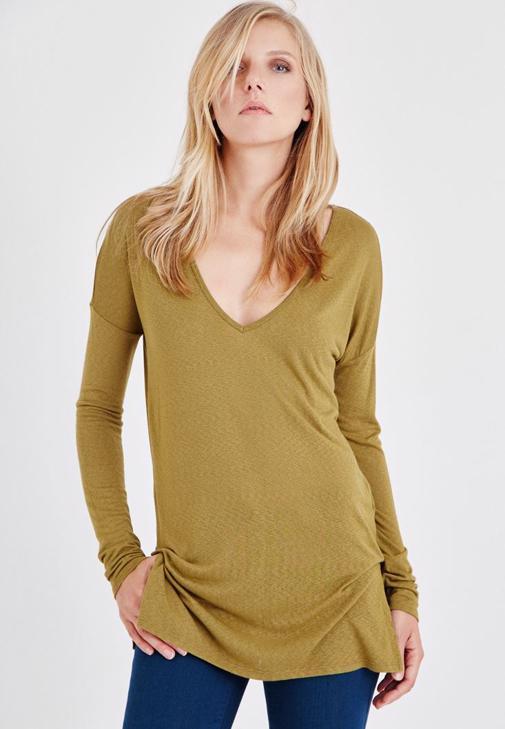 Yeşil V Yakalı Uzun Kollu Tişört