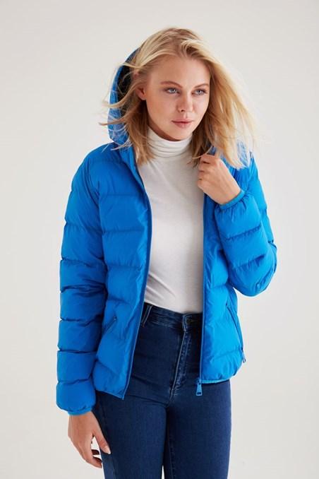 Mavi Kapşonlu Şişme Mont
