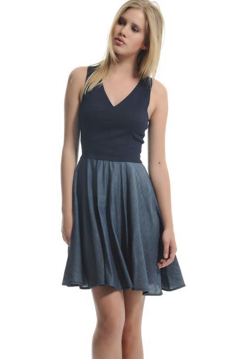 V Yaka Kolsuz Kloş Elbise 15YOX-MELANI