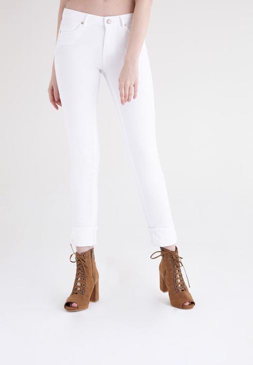 Beyaz Düşük Bel Slim Paça Pantolon