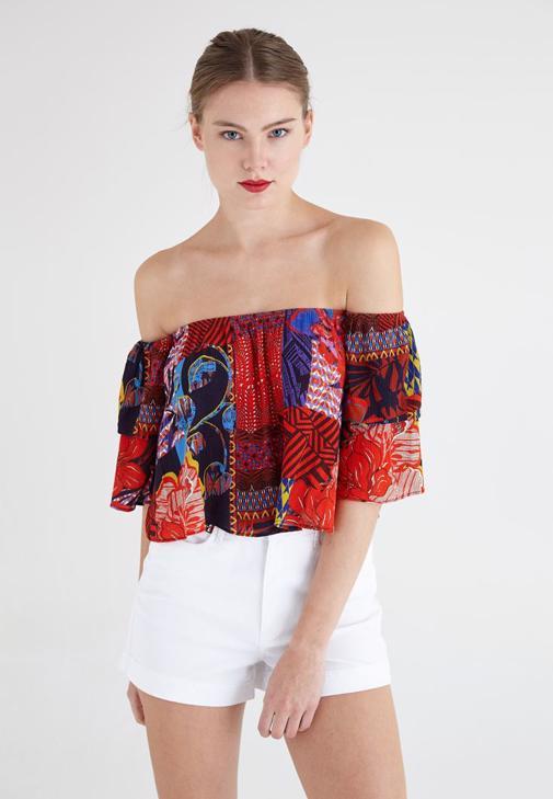 Kırmızı Desenli Dökümlü Bluz