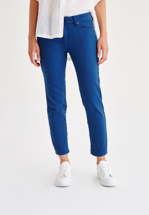 Low Rise Straight Cut Pants