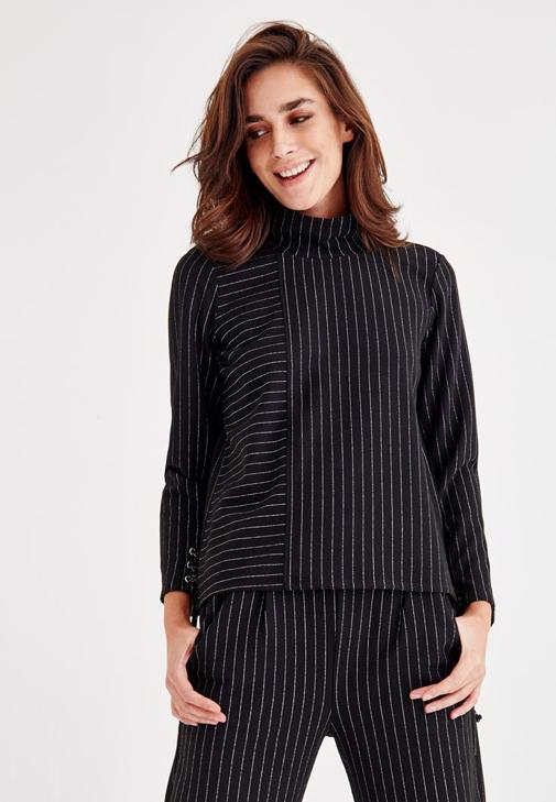 Stripted Blouse With Sleeve Detailed