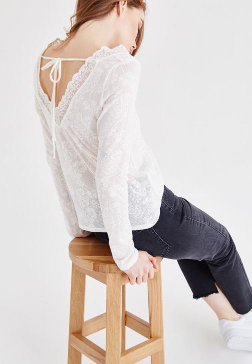 Lace Detailed V Neck Blouse