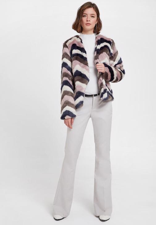 Kürk Ceket Ve Pantalon Kombini