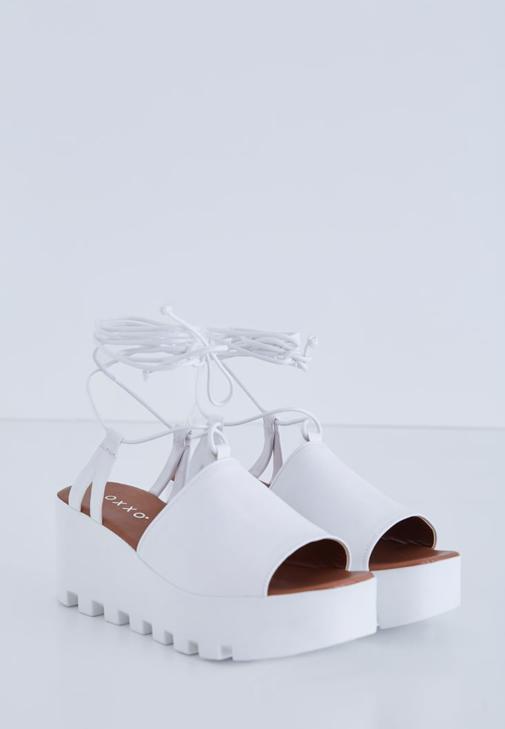 Culotte Pantolon Beyaz Gömlek Kombini
