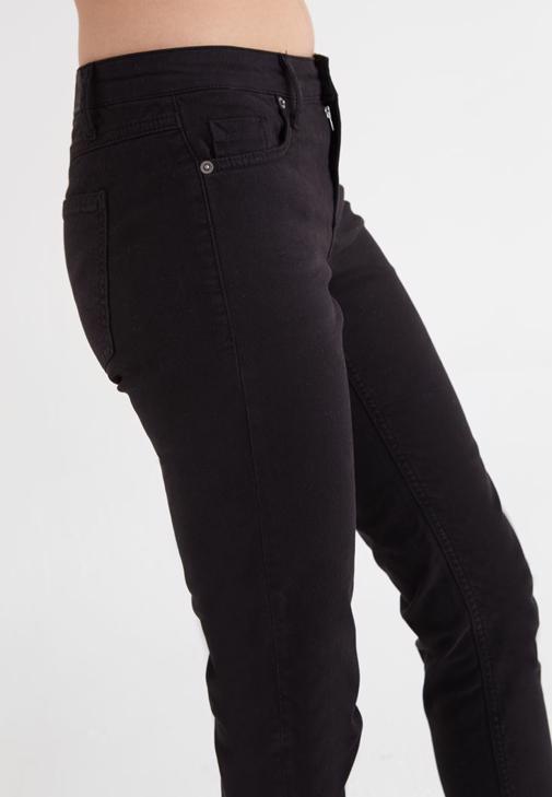 Tişört Pantolon Kombini