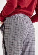 Ekose Ceket ve Ekose Pantolon Kombini