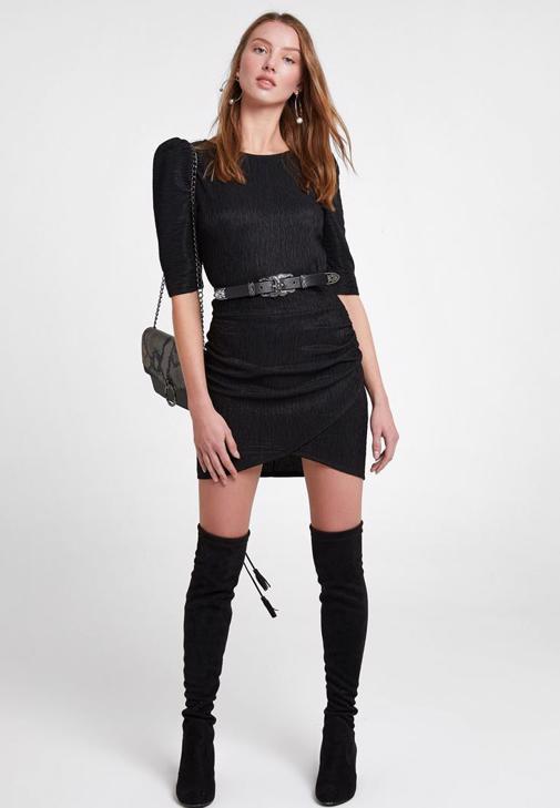 Kol Detaylı Dokulu Mini Elbise Kombini