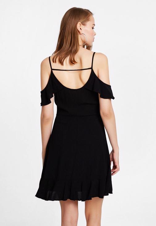 Fırfırlı V Yaka Elbise Kombini