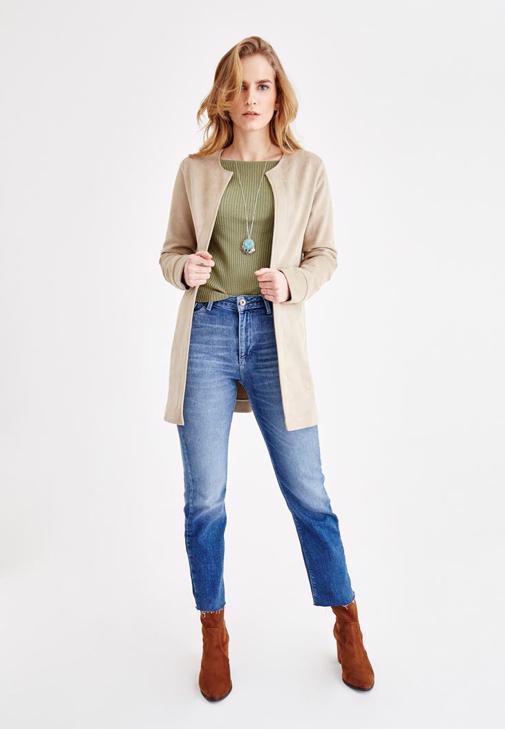 Dikiş Detaylı Ceket ve Jean Kombini