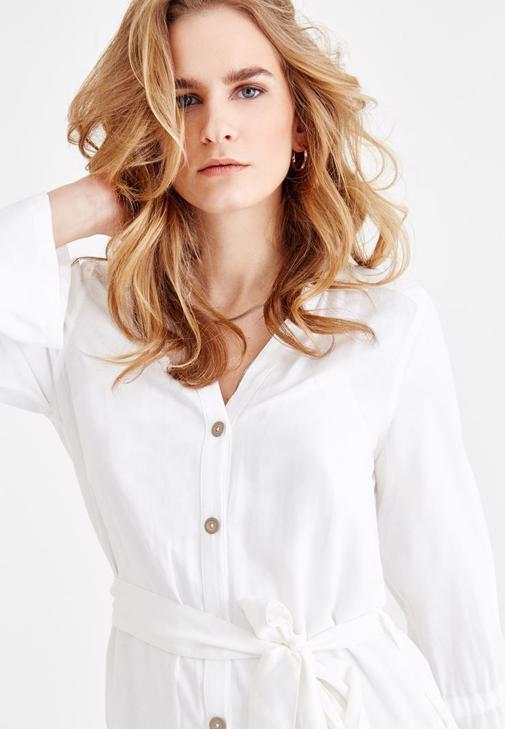 Belden Bağlamalı Krem Rengi Gömlek Elbise Kombini