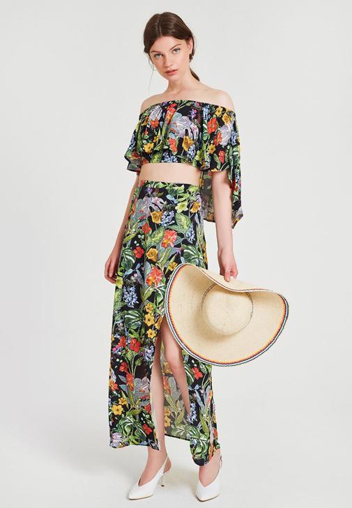 Çiçek Desenli Etek ve Bluz Kombini