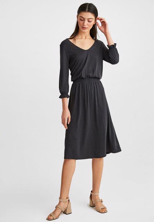 Sırt Detaylı Siyah  Elbise Kombini