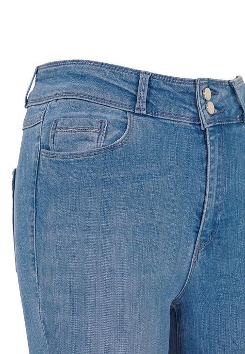 Skınny Pantolon ve Askılı Bluz Kombini