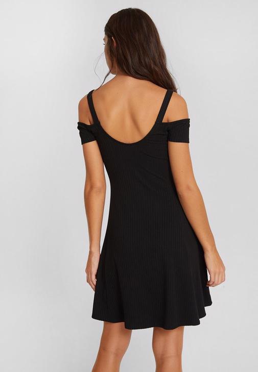 Omuz Detaylı Mini Elbise Kombini
