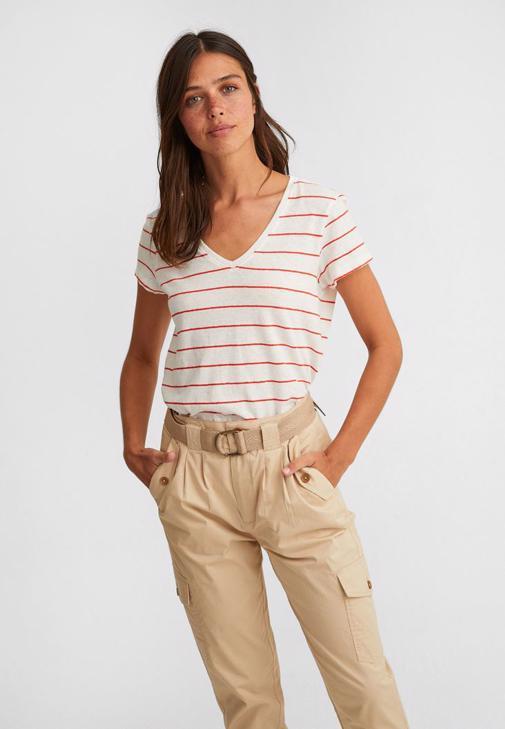 Keten Tişört ve Kargo Pantolon Kombini