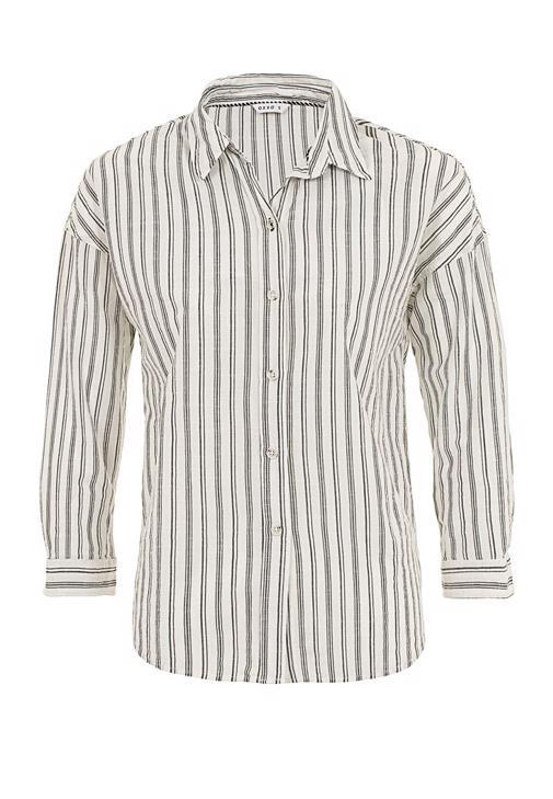Pamuklu Gömlek ve Bol Paça Pantolon Kombini