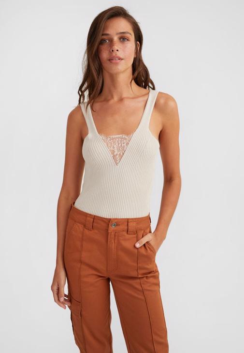 V Yaka Bluz Ve Yüksek Bel Crop Jean Kombini