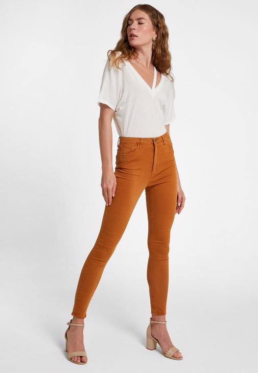 Turuncu Yüksek Bel Pantolon ve Bluz Kombini