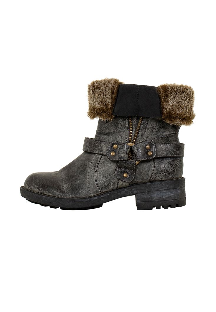 Black Boot with Faux Fur Detail
