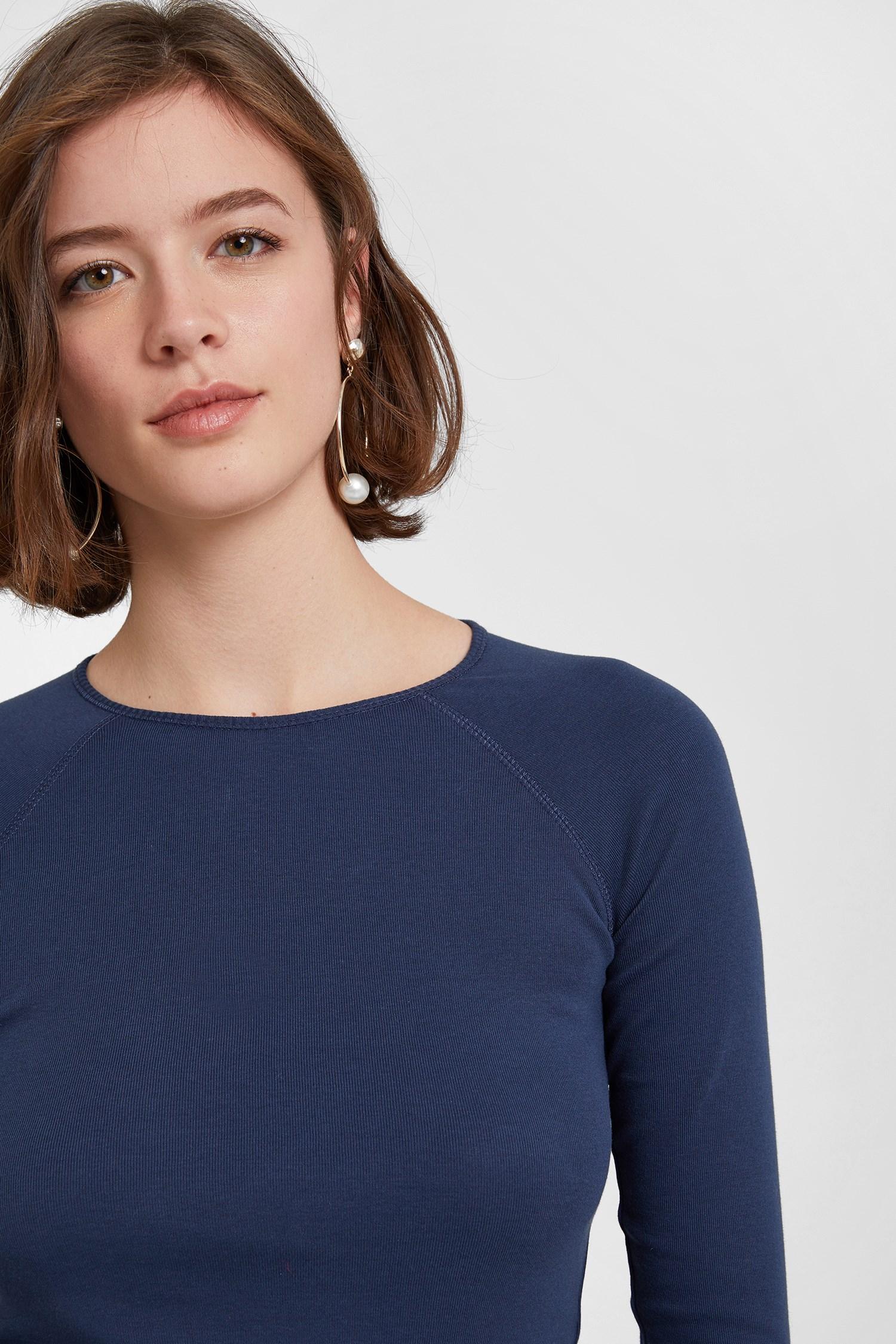 Bayan Lacivert Uzun Kollu Tişört