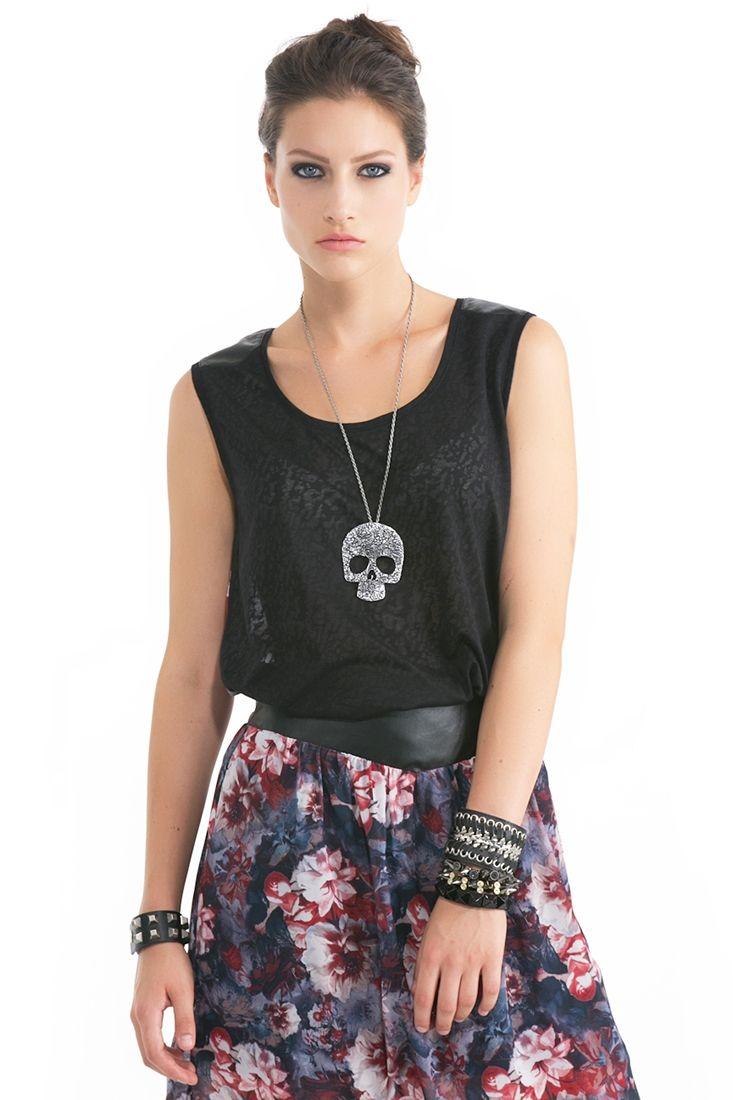 Çok Renkli Sırtı Çiçek Desenli Kolsuz Bluz