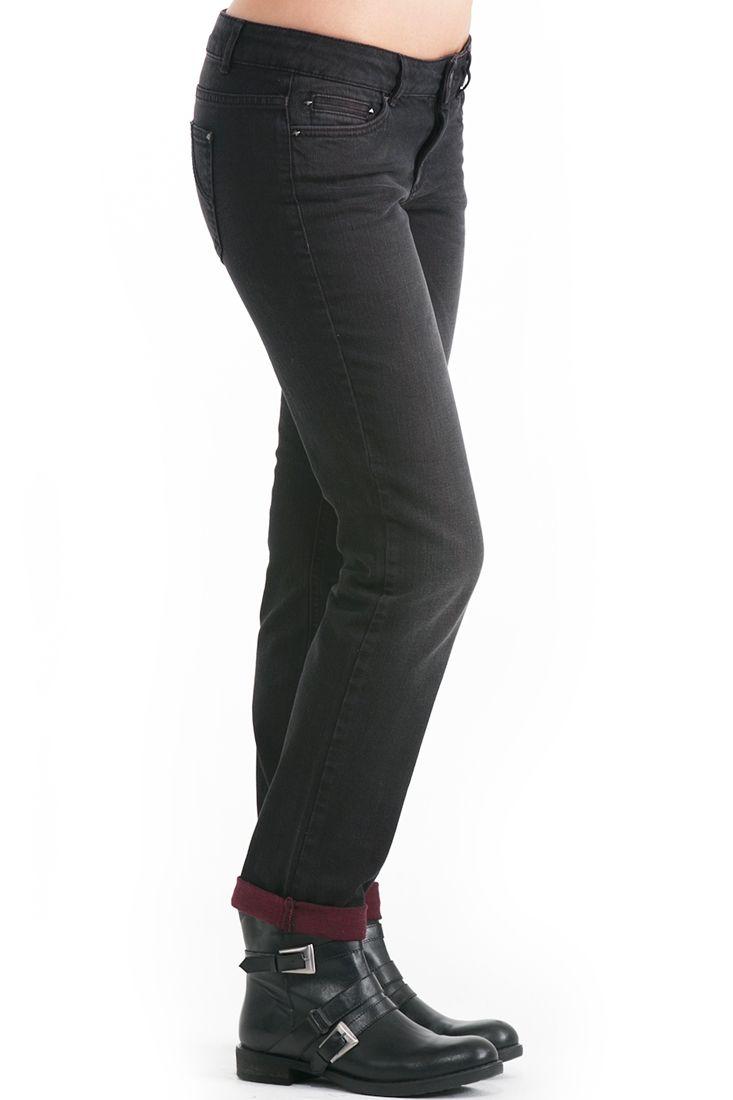Çok Renkli Yıkamalı Pantolon