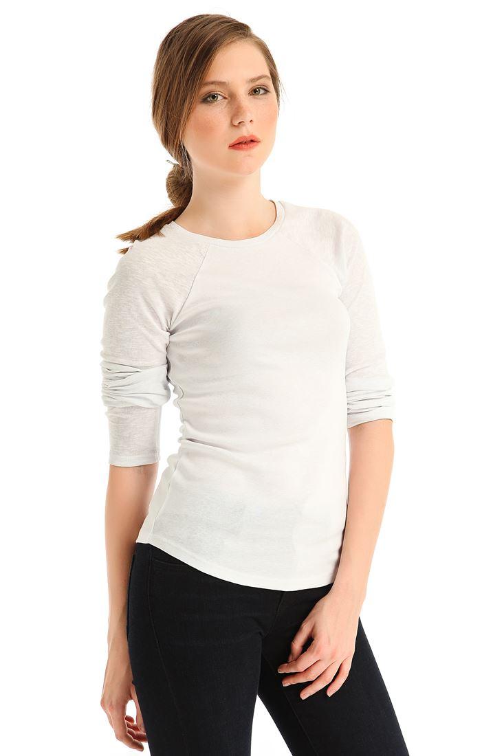 Beyaz Sıfır Yaka Uzun Kollu Tişört
