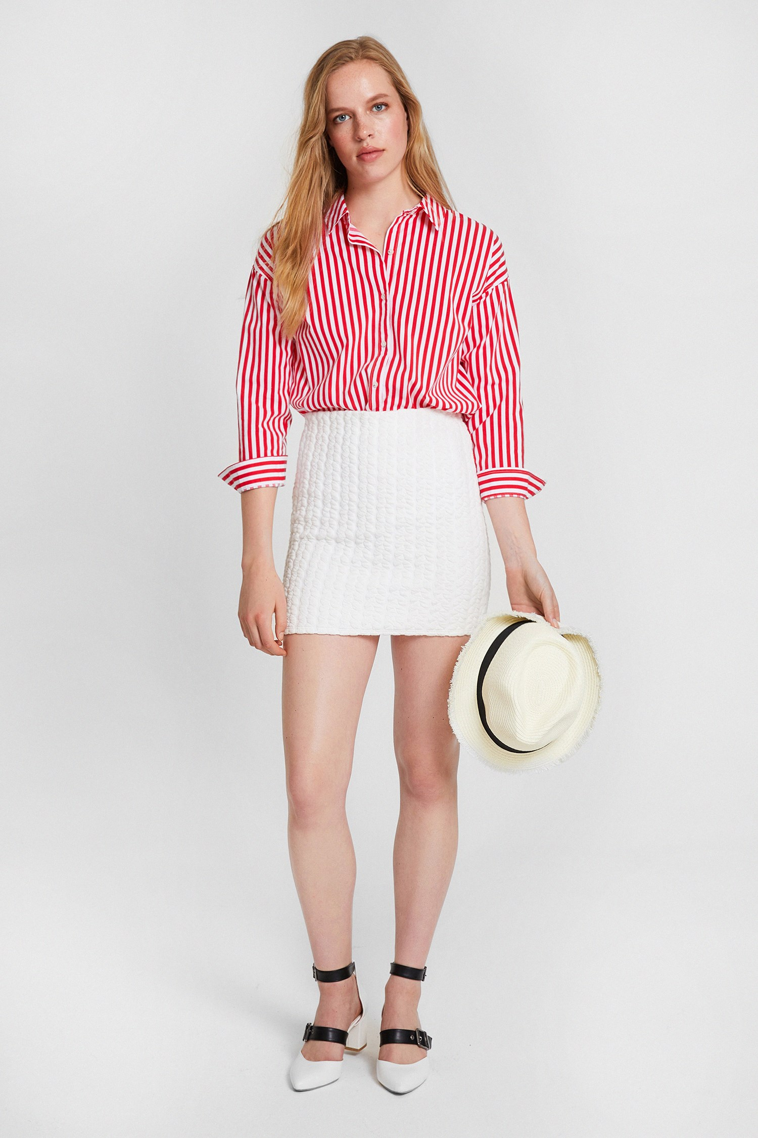 Women White Textured Skirt