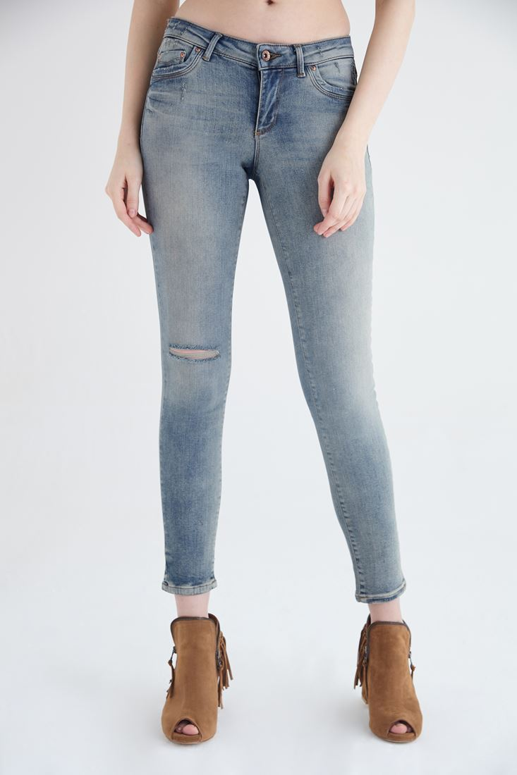 Blue Second Skin Ankle Jeans