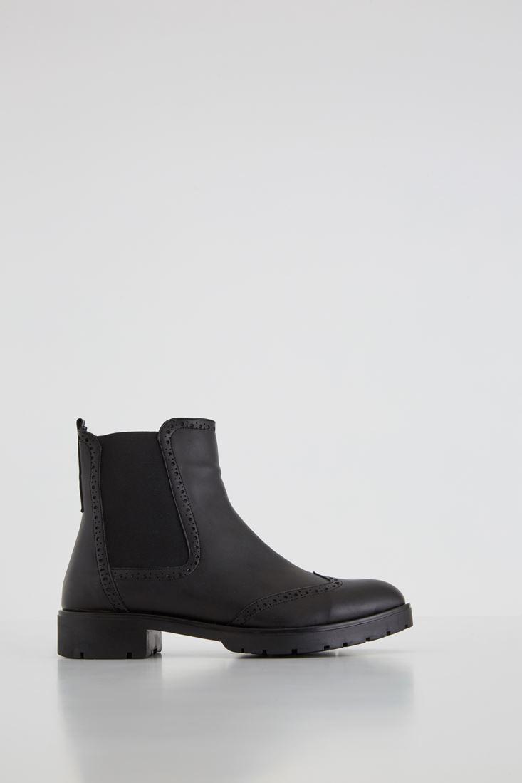 Black Elastic Detailed Boot