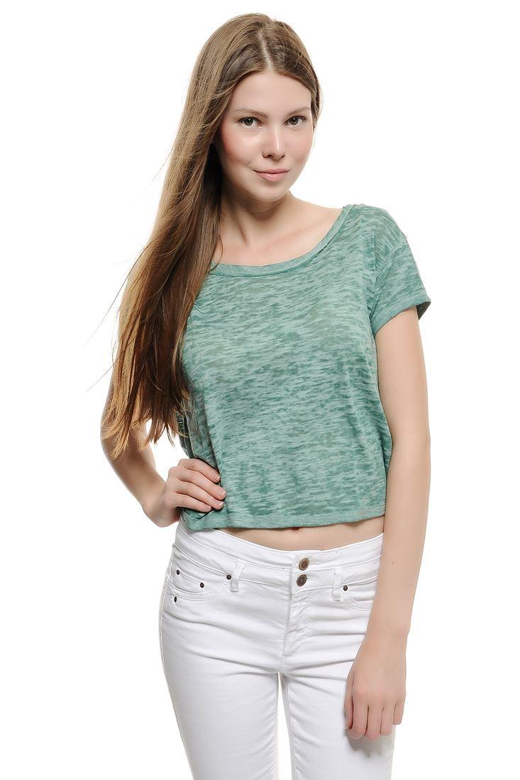 Bayan Yeşil Dökümlü Kısa Tişört
