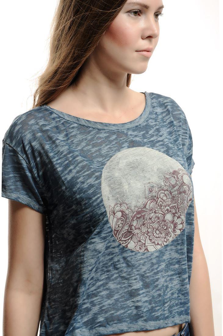 Bayan Lacivert Ay Baskılı Kısa Tişört