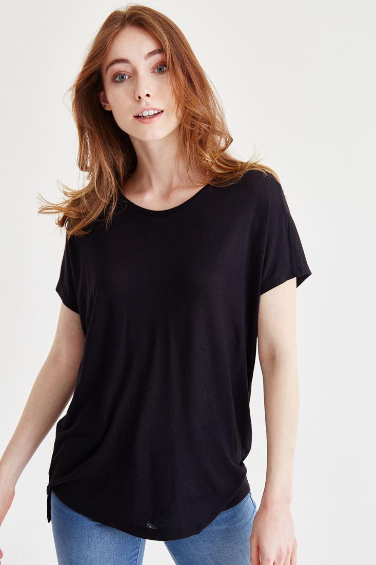 Bayan Siyah Bot Yaka Yıkamalı Tişört