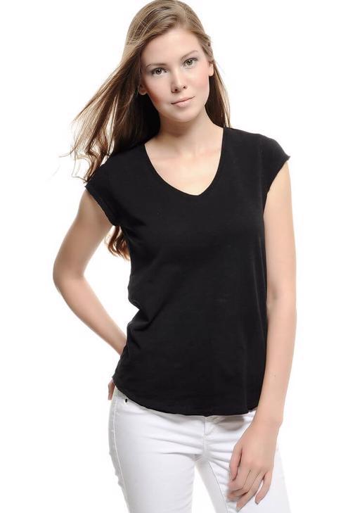 Siyah V Yaka Basic Tişört
