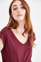 Bayan Bordo V Yaka Basic Tişört