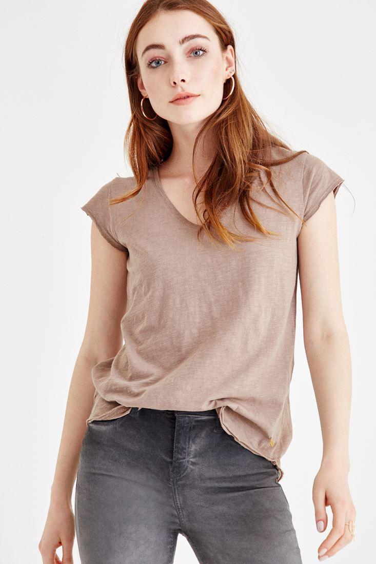 Bayan Krem V Yaka Basic Tişört