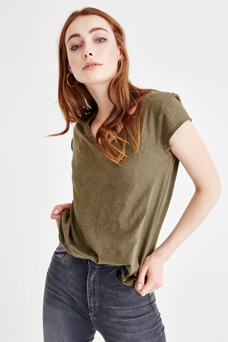 Yeşil V Yaka Basic Tişört