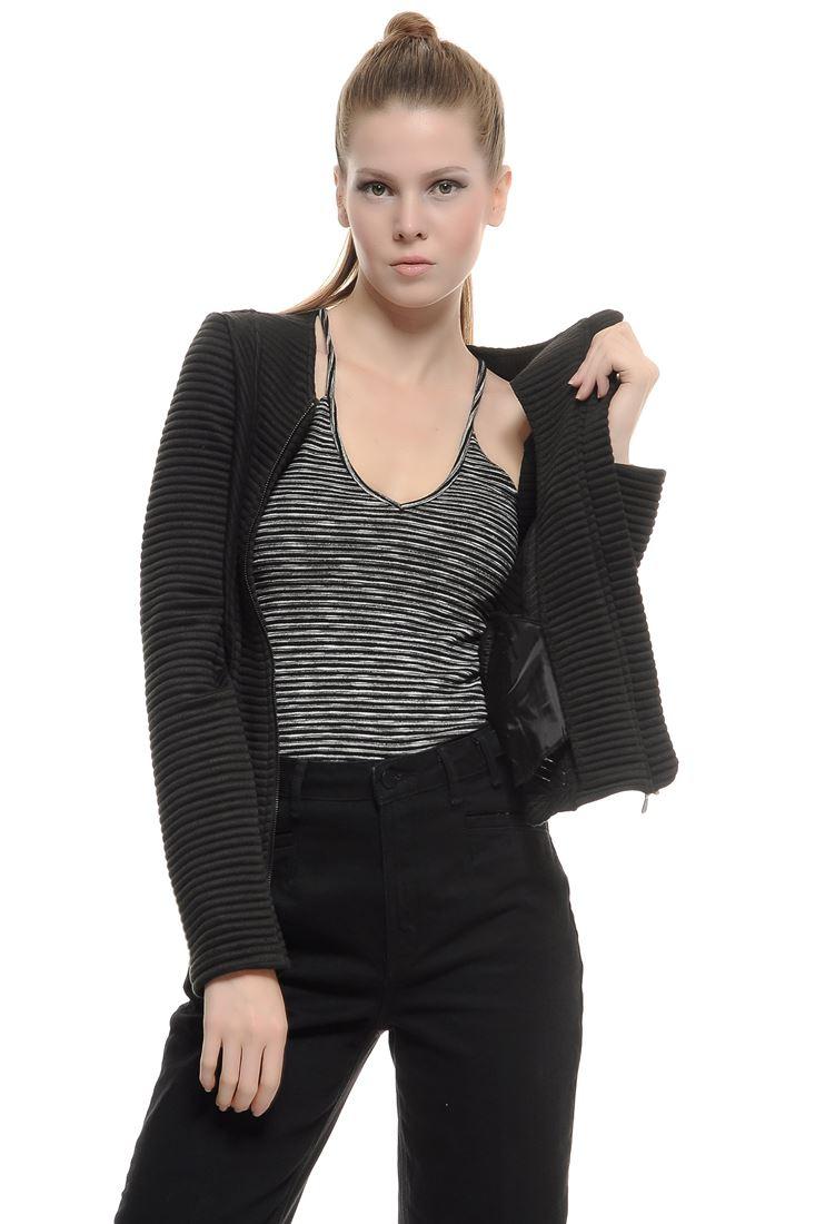 Bayan Siyah Çizgi Jakarlı Sweat Ceket