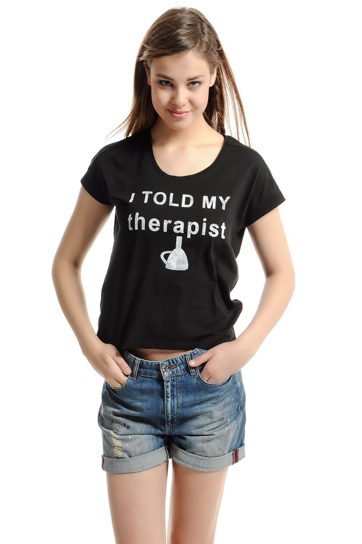 Bayan Siyah Slogan Yazılı Tişört