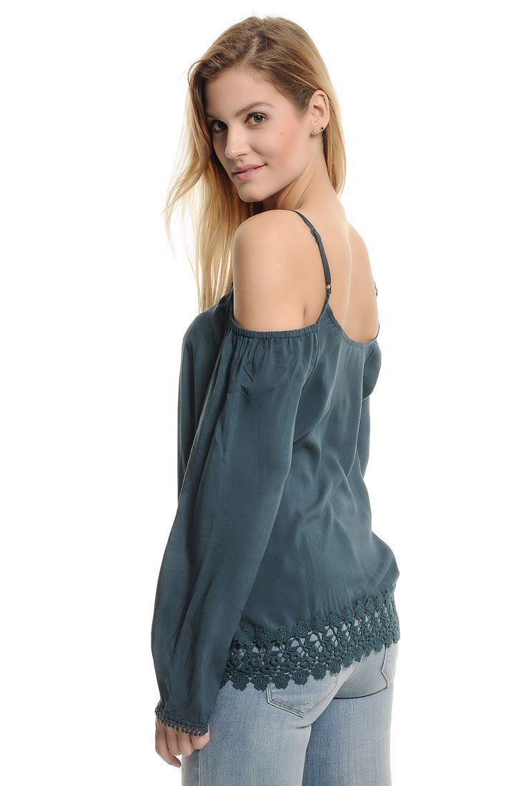 Bayan Lacivert Dantel Garnili Omuz Detaylı Bluz