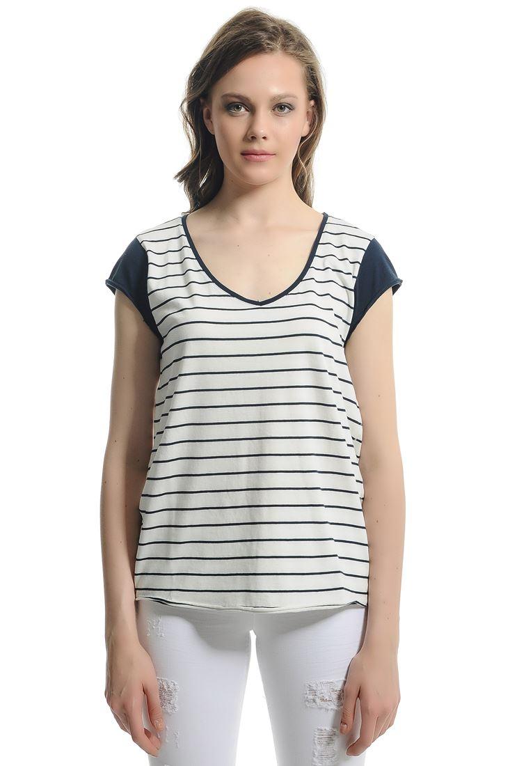 Bayan Krem Çizgili Tişört