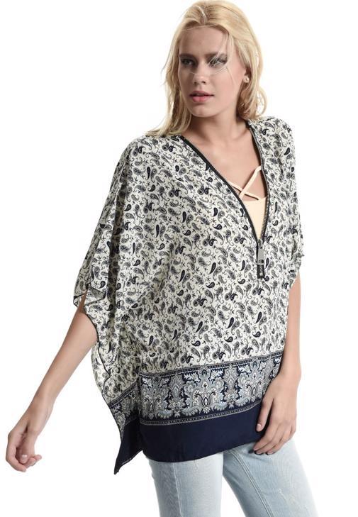 Krem Şal Desenli Önü Fermuarlı Bluz