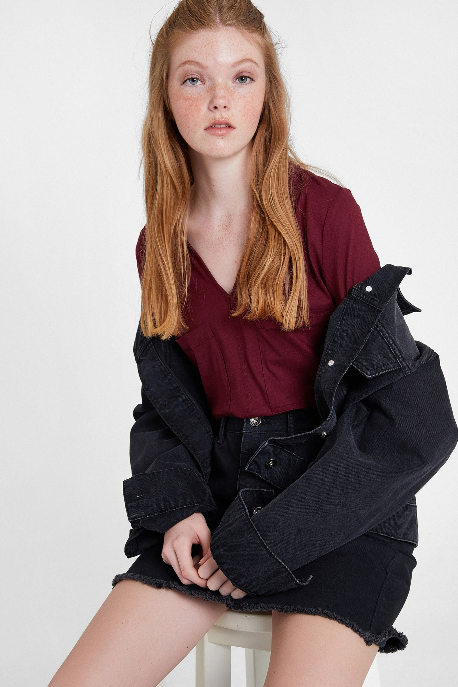 Bayan Bordo Pamuklu Yaka Detaylı V yaka Bluz