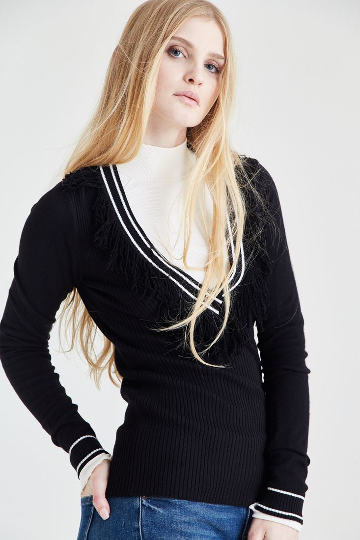 Black Pullover With Tasseled Detail
