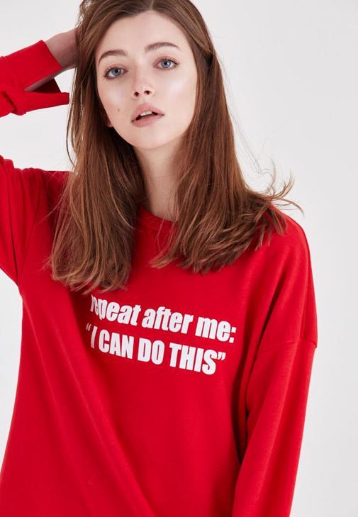 Kırmızı Slogan Baskılı Sweatshirt
