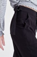 Bayan Siyah Bol Kesim Kısa Paça Pantolon