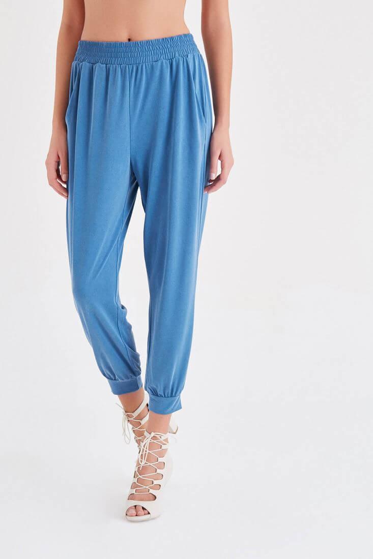 Bayan Mavi  Rahat Kesim Bilekli Pantolon