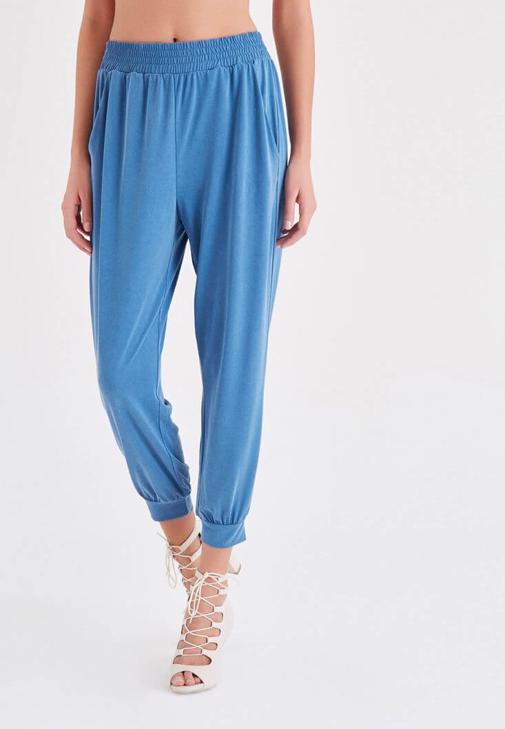 Mavi  Rahat Kesim Bilekli Pantolon